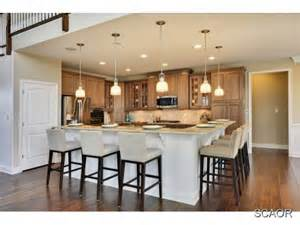 Kitchen With L Shaped Island 25 Best Ideas About L Shaped Island On L Shaped Kitchen L Shaped Pantry And L Shape