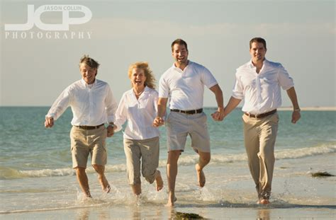 candid florida beach portraits mary  family jason