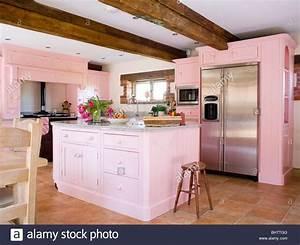 Amerikanische Kühl Gefrierkombination : interiors traditional kitchens island units stockfotos ~ Michelbontemps.com Haus und Dekorationen