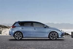 Toyota Auris 2015 : 2015 toyota auris review toyota ~ Medecine-chirurgie-esthetiques.com Avis de Voitures