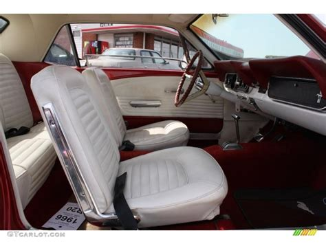 Ford Interior Color Parchment