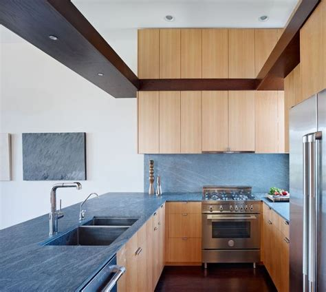 comment choisir un plan de travail cuisine choisir plan de travail cuisine cuisine by optimise design gallery of cuisine quel matriau