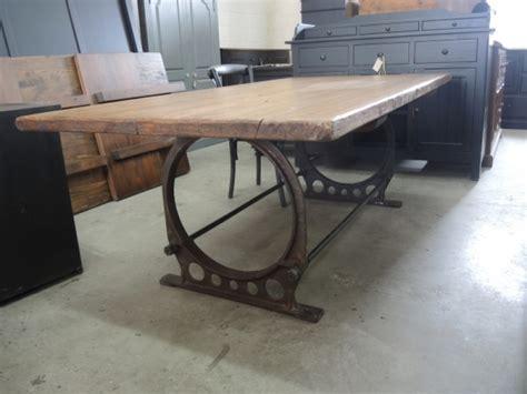 meuble table de cuisine table de cuisine industriel atelier meuble rustique