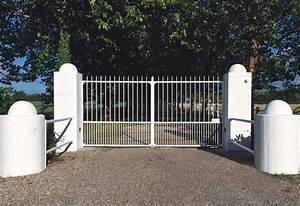 Portail Fer Forgé Plein : portails en fer forg brun doutt ~ Dode.kayakingforconservation.com Idées de Décoration