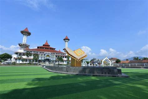 masjid agung cianjur jawa barat gps wisata indonesia
