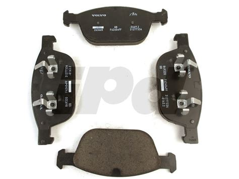 volvo front brake pad set xc