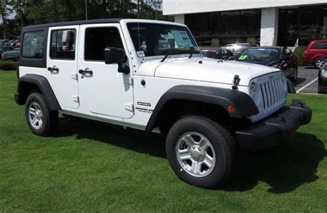 Bright White 2015 Jeep