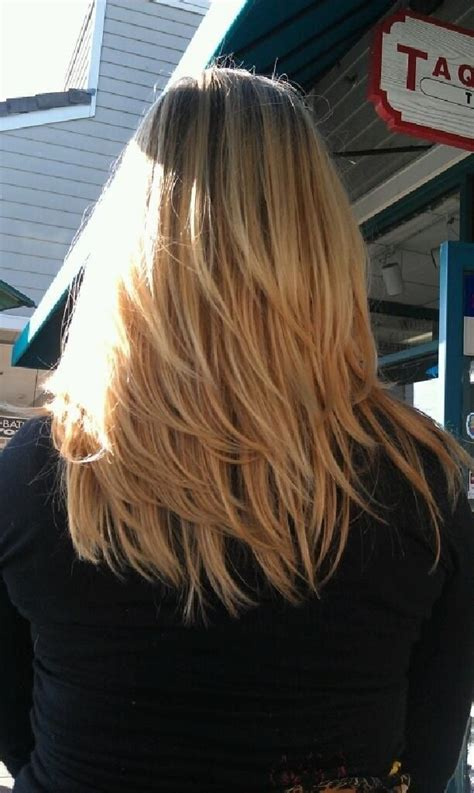 cute straight hairstyles  season hair styles