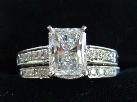 Beautiful 1.71 Ct G In Color Radiant Cut Diamond