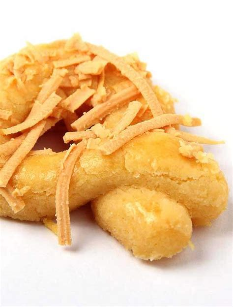 Ikuti resep kastengel keju klasik untuk porsi 600 gram ini. Resep Kue Kastengel | Resepkoki.co