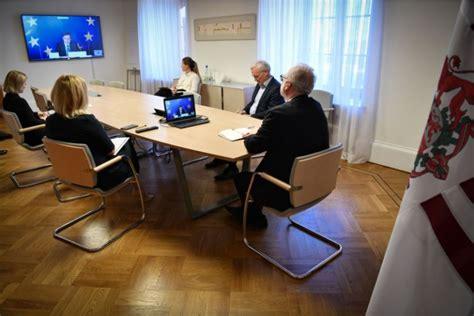 Pārrunas par ES izejas stratēģiju no COVID-19 izraisītās ...