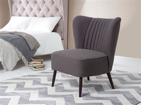 Best 25+ Small Bedroom Chairs Ideas On Pinterest