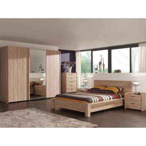 porte de chambre en bois pas cher armoire chambre porte coulissante avec miroir bois design
