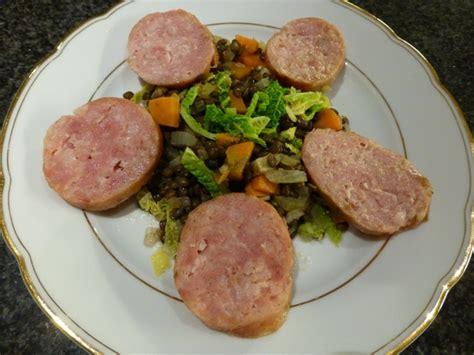 cuisine basse temperature philippe baratte saucissons sur compotée de lentilles et chou frisé blogs de cuisine