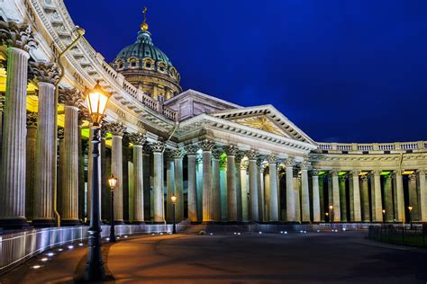Illuminated – St. Petersburg by night - Radisson Blu Blog
