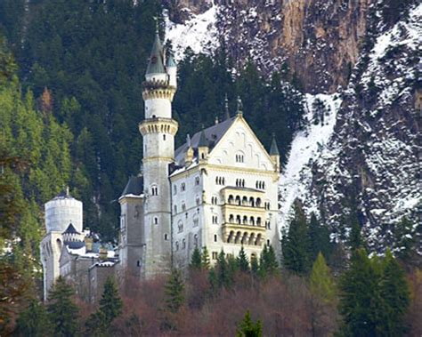 neuschwanstein castle  neuschwanstein castle germany