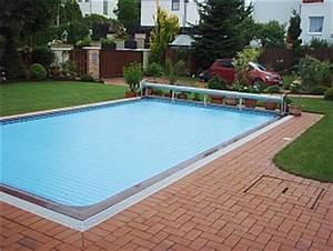 Lamelové zakrytí kruhového bazénu