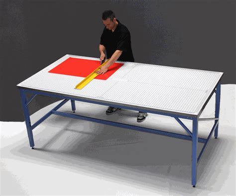 Iron Man 4x8 Production Cutting Table With Rhino Cutting Mat