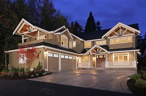 shaped house exterior traditional  driveway single