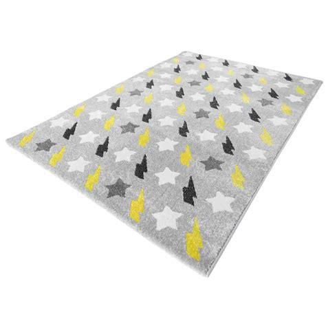 tapis chambre bébé tapis chambre bebe jaune