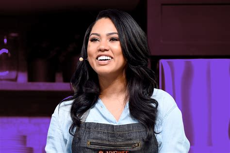 Ayesha Curry Gets Shorter Haircut During Pregnancy