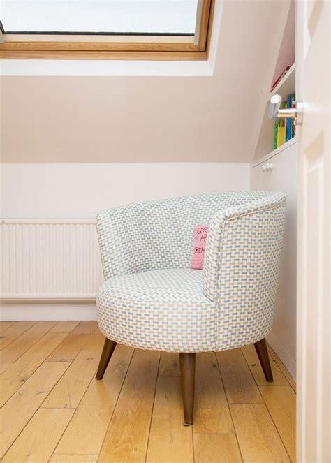 chaise pour chambre 17 meilleures idées à propos de fauteuil crapaud sur