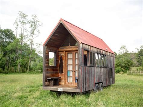 Log Cabin Home Interiors - small cabins tiny houses on wheels small cabins tiny houses inside unique cabin designs