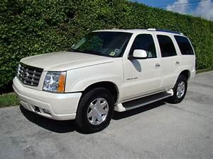 2002 Cadillac Escalade - Information And Photos