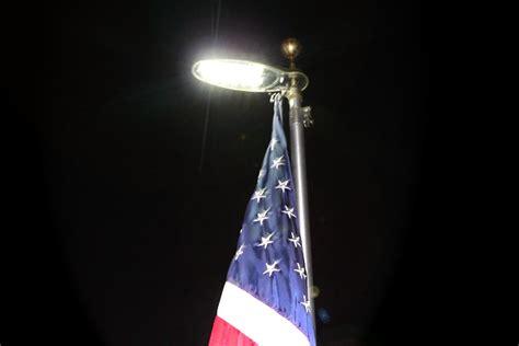outdoor flag pole lights flagpole lighting uncommon usa
