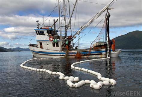 types  fishing industry jobs