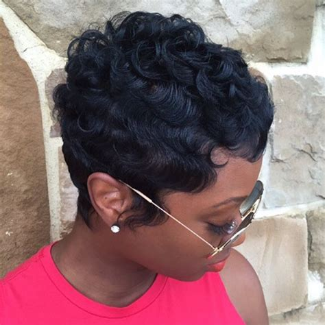 Cut Weave Hairstyles by 19 Wavy Curly Pixie Cuts We Pixie Haircuts