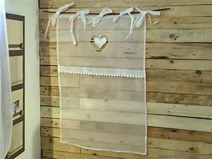 Voilage Brise Bise : brise bise 60 x 90cm en voilage organdi blanc et coeur pendant simla neuf ebay ~ Teatrodelosmanantiales.com Idées de Décoration