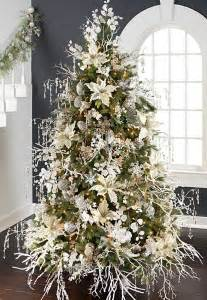 40 ways to decorate a tree