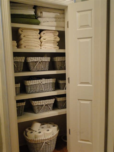 The Linen Closet by Clubb House Paint Picking Is Not My Strong Point