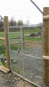 Dog fencing kennel fence commercial kennel fences k9 for Dog fence enclosure