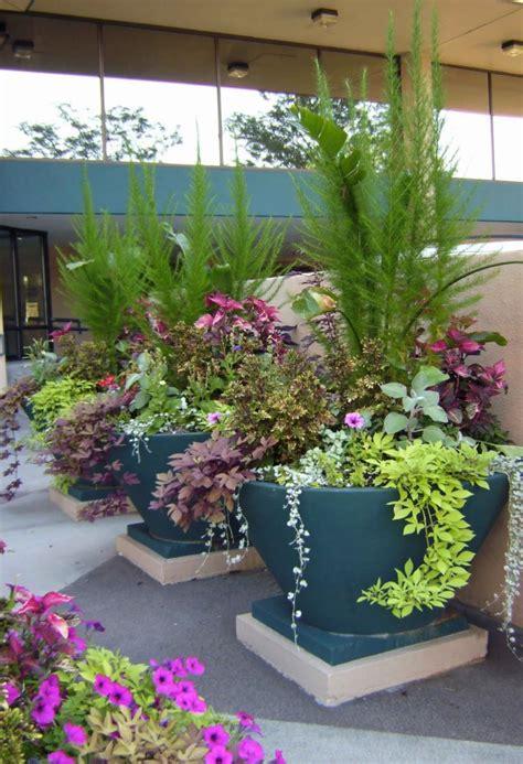 garden unique container flower flowers pot arrangements planter pots plant arrangement outdoor potted plants containers gardens designs landscaping tall planters