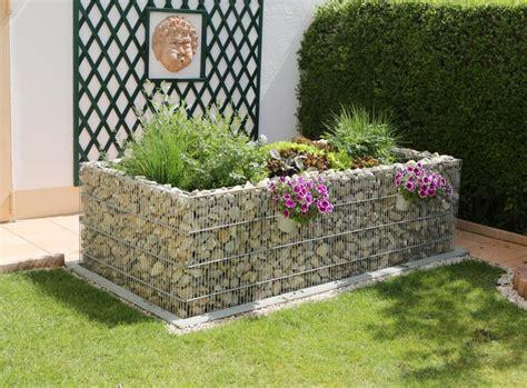 hochbeet anlegen stein hochbeet bauen und bepflanzen so geht s living at home