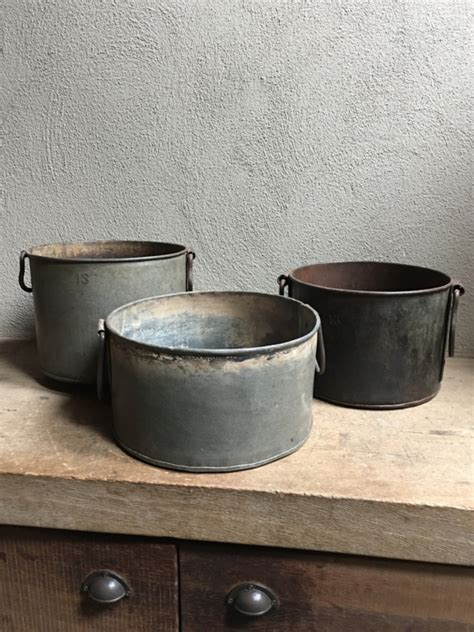Bloempot Industrieel by Oude Metalen Bak Pot Bloembak Industrieel Landelijk Stoer