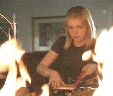 une jeune fille trop parfaite twisted desire le telefilm