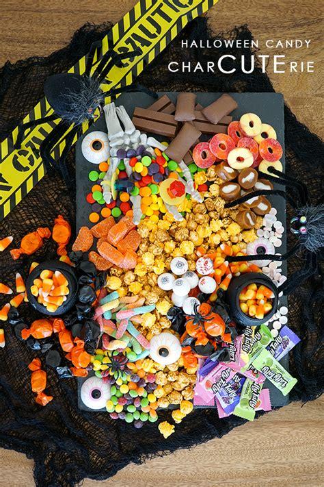 halloween candy chartcuterie board rebecca propes design