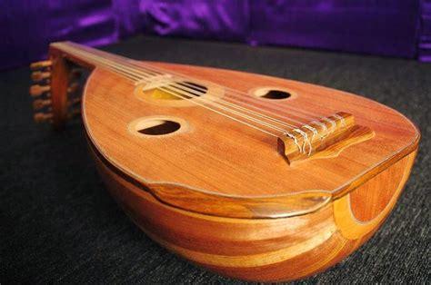 Alat musik yang berasal dari daerah riau ini juga sangat kental dengan nuansa budaya arab, jadi bisa. 20 + Alat Musik Tradisional Indonesia dengan Gambar berikut Penjelasan Lengkapnya