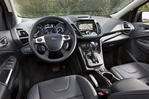 quick drive  ford escape se  ecoboost winding road