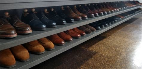 rangement chaussures idees pour armoire  dressing