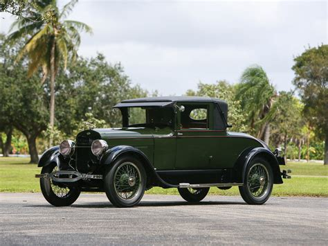 Built in 1925, the vehicle was restored in the 1980's and repainted about three years ago. RM Sotheby's - 1925 Lincoln Model L Coupe by Judkins | Arizona 2019
