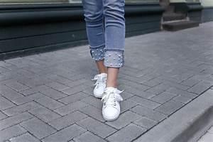 Jeans Mit Strass Und Perlen : perlen jeans mit weissen p nktchen some kind of fashion ~ Frokenaadalensverden.com Haus und Dekorationen