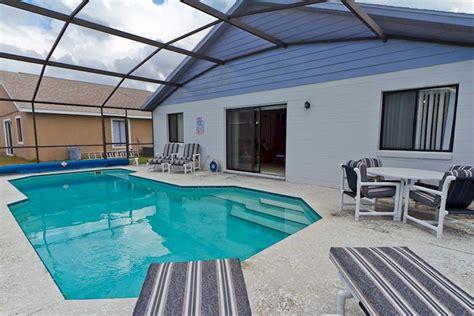2 Bedroom Villas In Orlando by 2 Bedroom 2 Bath Villa In Kissimmee With Pool