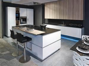 kuechen mit kochinsel küche mit insellösung küchen ekelhoff