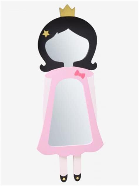 d馗oration princesse chambre fille miroir porte manteau miroirs et coiffeuse pour chambre de fille décoration originale pour chambre de fille décorer