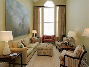how to arrange furniture in a small living room how to With arranging small space furniture in the living room
