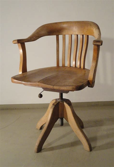 fauteuil de bureau en bois bureau bois ancien mzaol com